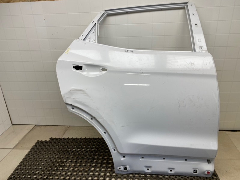 Дверь Hyundai Santa Fe 3 DM 2.0TD 2013 2014 2015 2016 2017 2018 2019 задняя правая (б/у) 770042W000