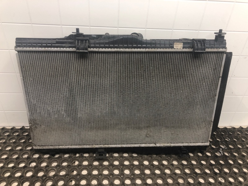 Радиатор двс Ford Fiesta 7 (б/у) 2285327