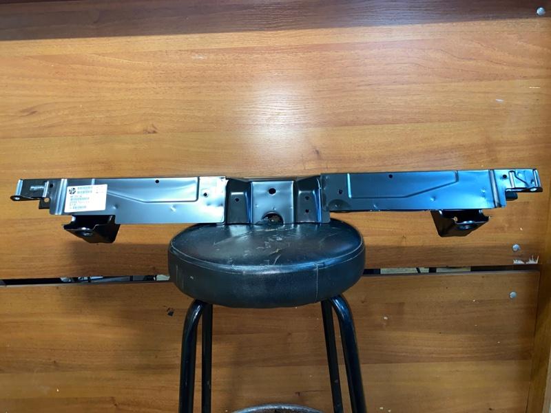 Суппорт радиатора Mitsubishi Outlander 3 GF2W 4B10 2012 MB502009U0000