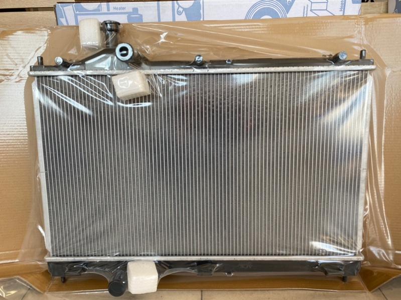 Радиатор двс Mitsubishi Outlander 3 GF2W 4B10 2012 2420435J