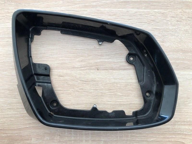 Накладка зеркала Hyundai Genesis G80 правая (б/у) 87615B1500
