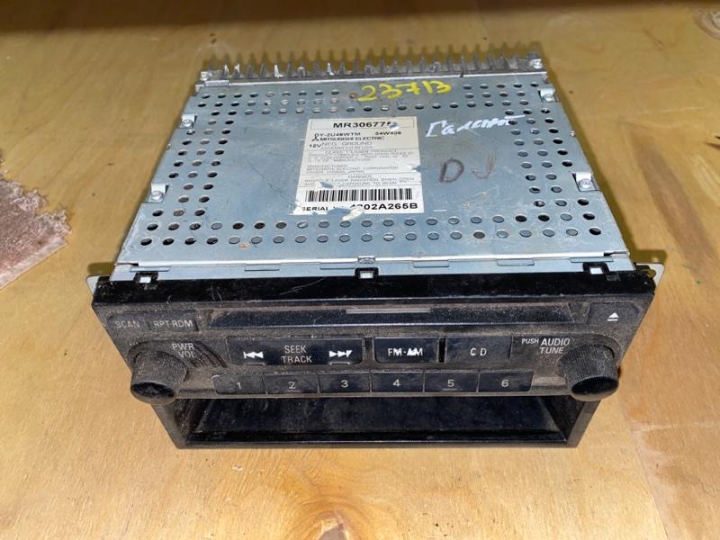 Магнитола Mitsubishi Galant DJ1A 4G69 2002 (б/у) MR306775