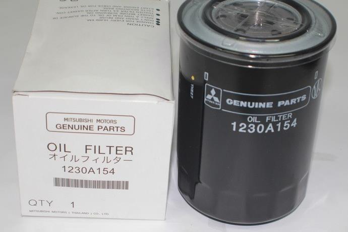 Фильтр масляный двигателя Mitsubishi Pajero 4 V87W 4M41 2006 1230A154