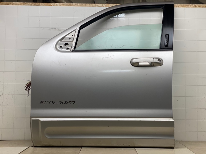 Дверь Ford Explorer 3 2001 2002 2003 2004 2005 2006 2007 2008 2009 2010 2011 передняя левая (б/у) 3L2Z7820125AA