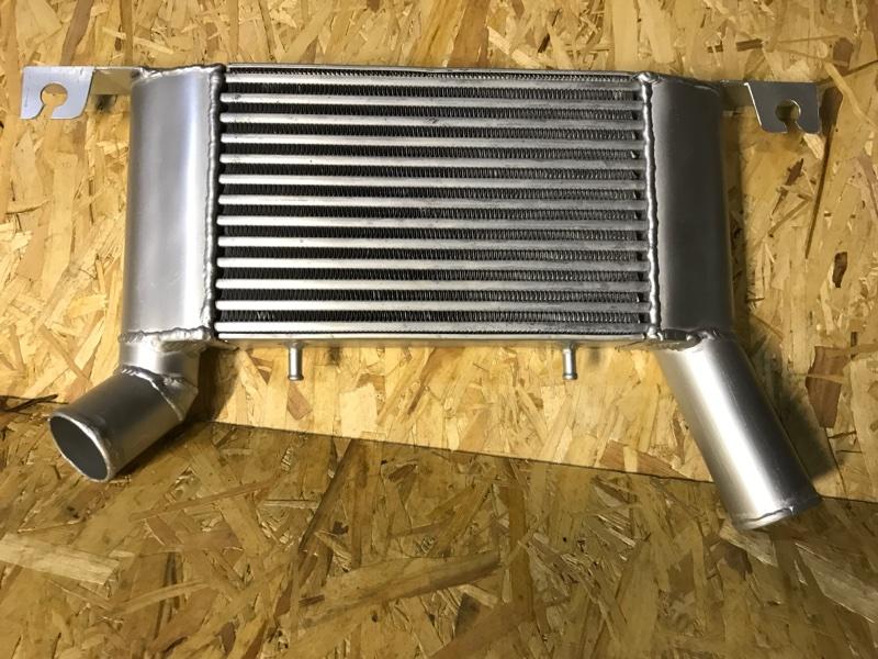 Радиатор интеркуллера Mitsubishi Pajero 4 V87W 4M41 2006 1530A052