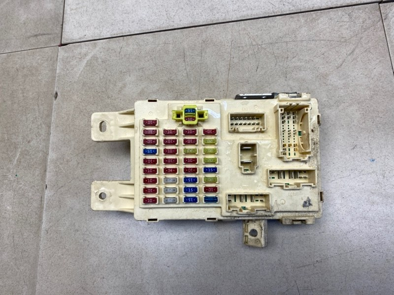 Блок предохранителей Hyundai Starex H1 TQ D4CB 2007 (б/у) 919504H022