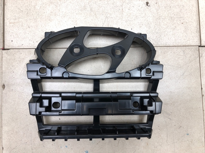 Кронштейн Hyundai Creta передний (б/у) 86352M0000