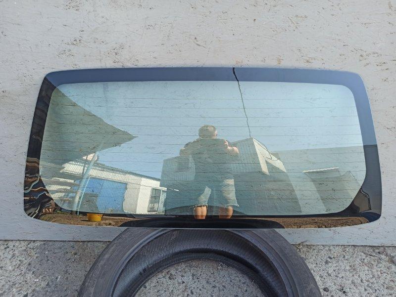 Стекло крышки багажника Mitsubishi Pajero 3 V64W 4D56 2000 заднее V70RW\H\X
