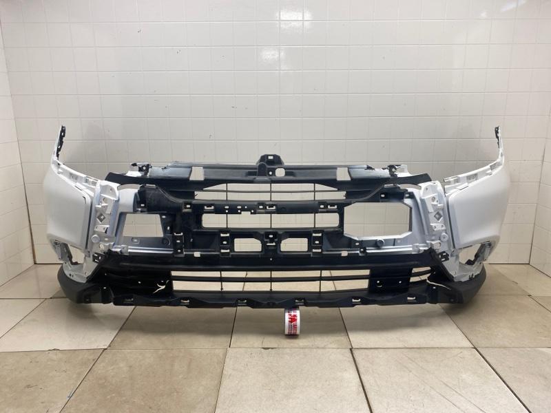Бампер передний Mitsubishi Outlander 3 GF2W 4B10 2015 передний (б/у) 6400H227