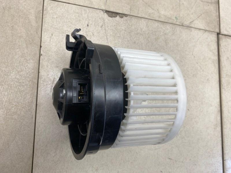 Мотор печки Nissan Qashqai J10E HR16DE 2006 передний (б/у) 27225JD00A