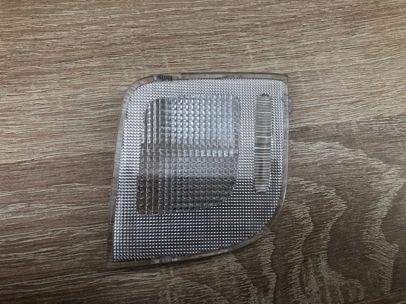 Фонарь подсветки салона Mitsubishi Pajero Sport 3 KS1W (б/у) 8401A254