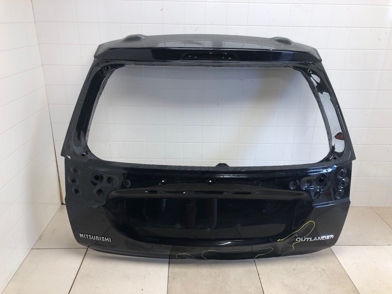 Крышка багажника Mitsubishi Outlander 3 GF2W 4B10 2015 задняя (б/у) 5801B680