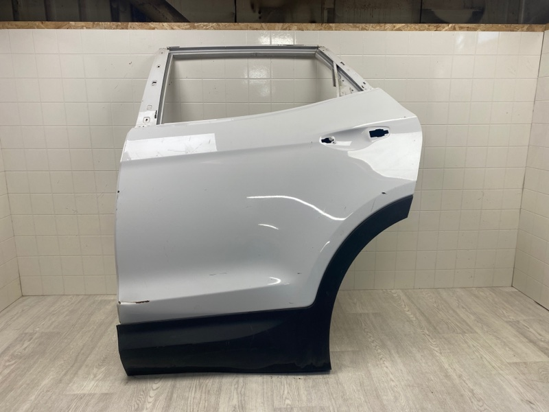 Дверь Hyundai Santa Fe 3 2012 2013 2014 2015 2016 2017 2018 задняя левая (б/у) 770032W010