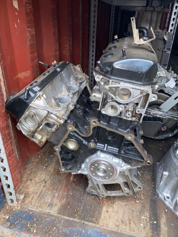 Двигатель Mitsubishi Pajero Sport 1 K89W 6G74 1996 (б/у) MR984394