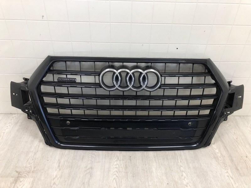 Решетка радиатора Audi Q7 передняя (б/у)