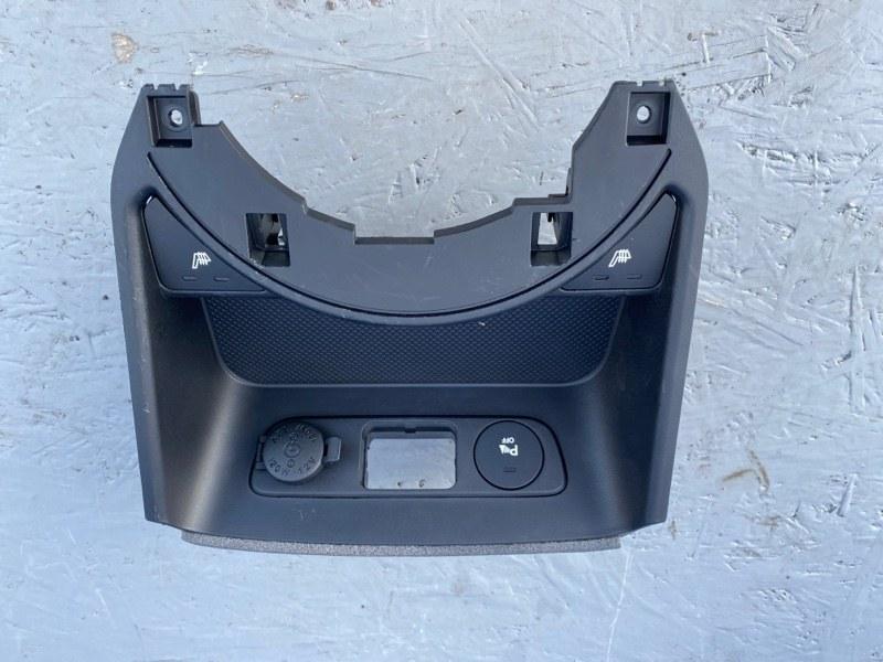 Центральная консоль Kia Sportage 2.0 2.4 (б/у)