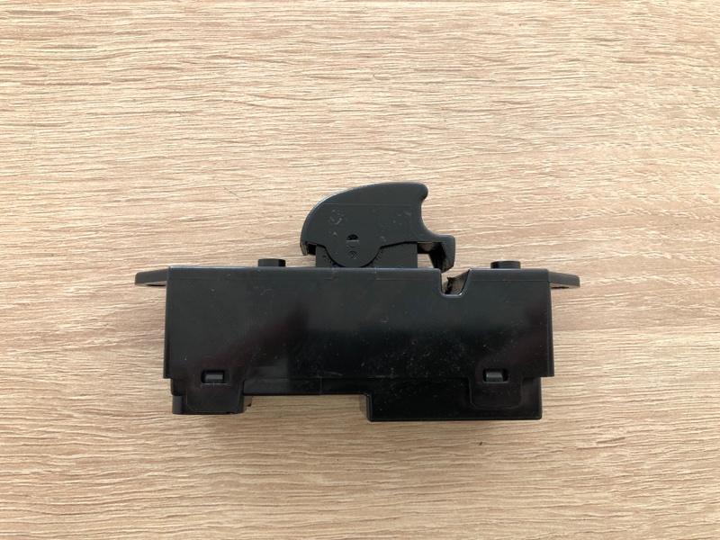 Блок управления стеклоподъемниками Mitsubishi Lancer 10 CY1A 4A91 2007 (б/у)