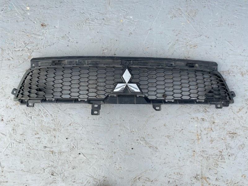 Решетка радиатора Mitsubishi Outlander Xl CW1W 4B11 2010 2011 2012 передняя (б/у)