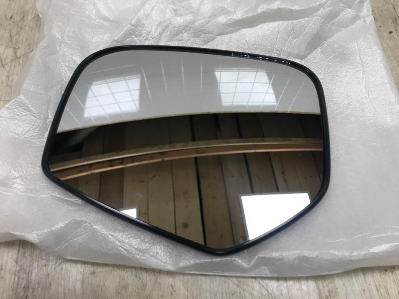 Зеркало левое Mitsubishi L200 2005- KB4T 4D56U 2005 переднее левое (б/у)