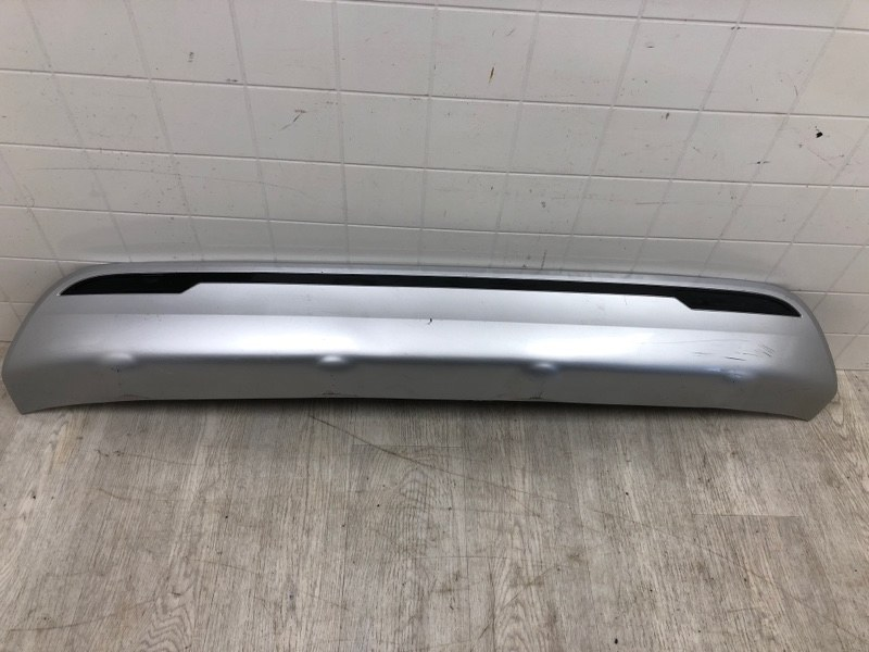 Накладка бампера заднего Mitsubishi Outlander 3 GF2W 4B11 2019 2020 задняя (б/у)