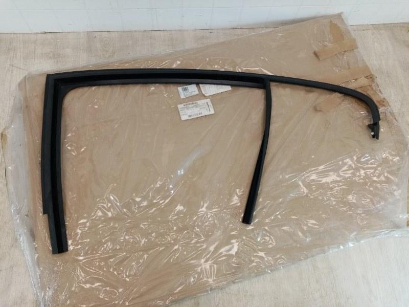 Направляющая планка стекла двери Skoda Rapid 2013 задняя левая (б/у)
