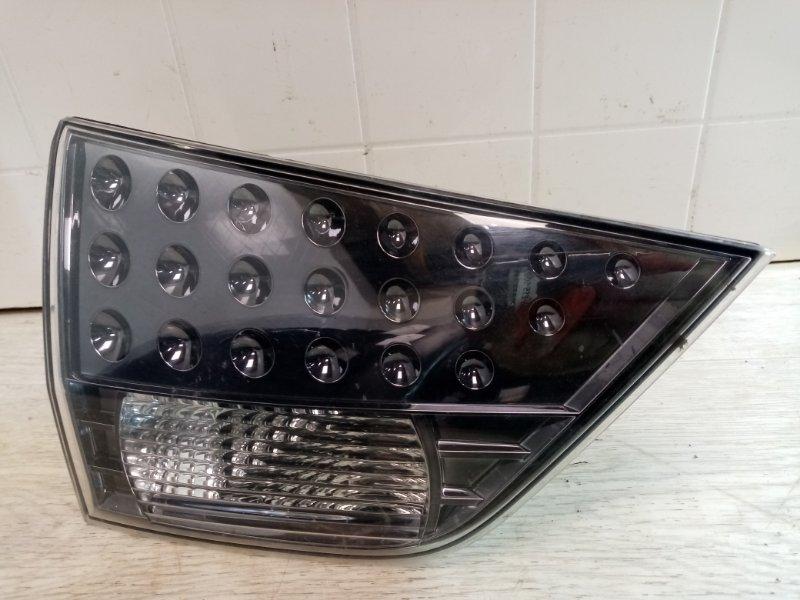 Фонарь в крышку багажника Mitsubishi Outlander Xl CW1W 4B11 2006 2007 2008 2009 2010 2011 2012 задний левый (б/у)