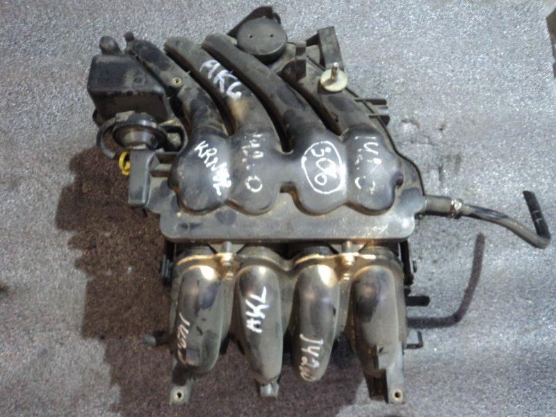 Коллектор впускной Volkswagen Golf AEH (б/у)
