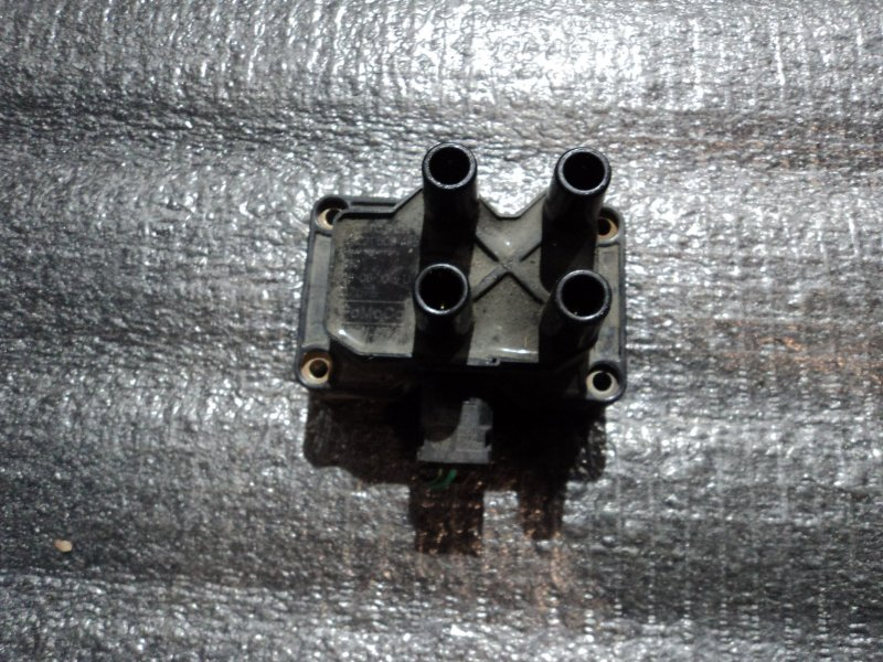 Катушка зажигания Ford B-Max HHDA (б/у)