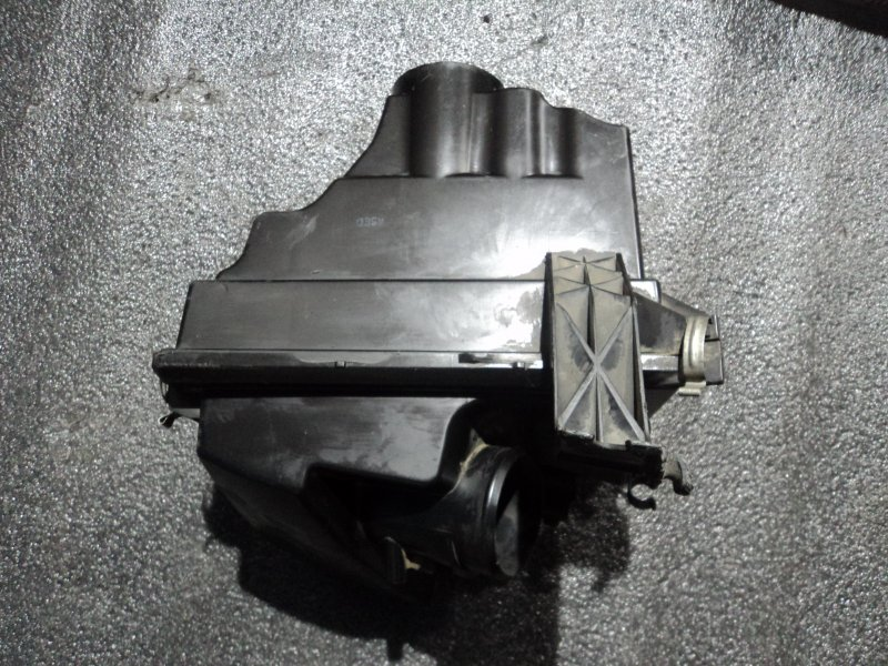 Корпус воздушного фильтра Mazda 3 BK LF17 2007 (б/у)