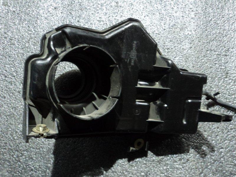 Резонатор воздушного фильтра Nissan Cefiro A33B VQ30DE (б/у)