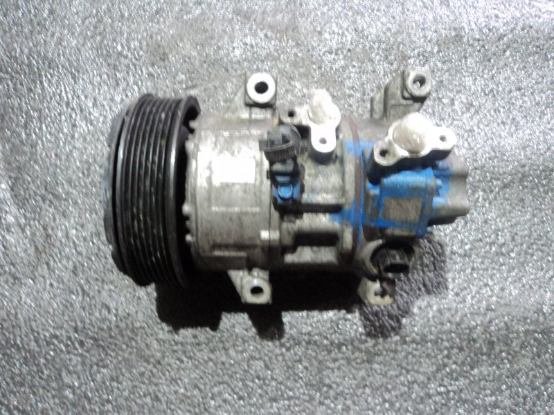 Компрессор кондиционера Toyota Auris ZZE150 1ZZFE (б/у)