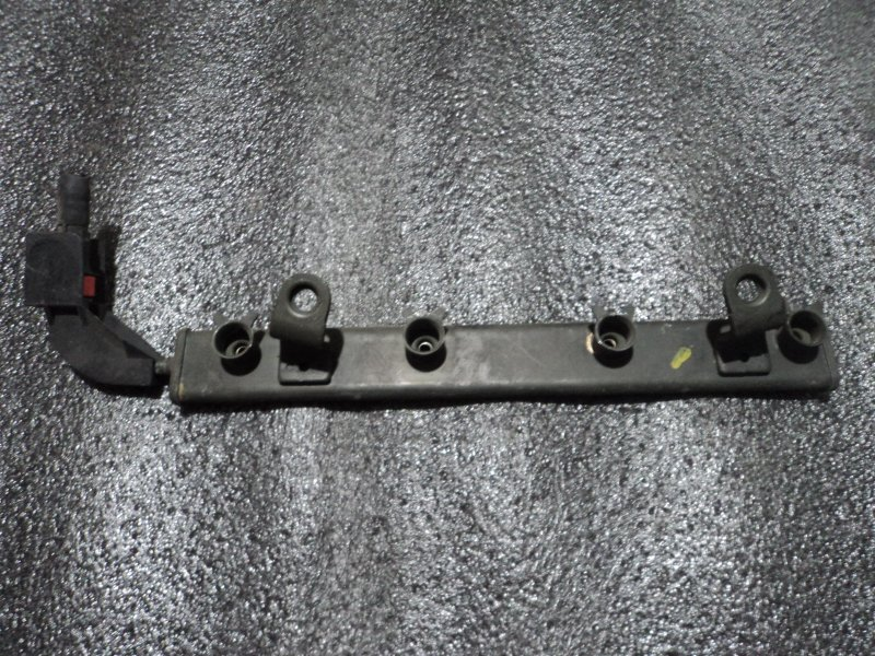 Топливная рейка Mitsubishi Colt Plus Z21A 4A90 (б/у)