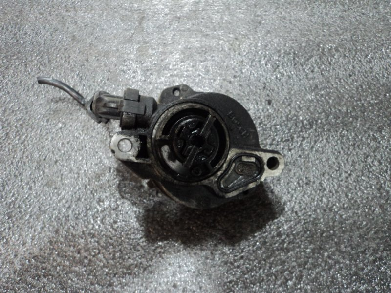 Насос вакуумный Peugeot Berlingo B9 DV6TED4 (б/у)