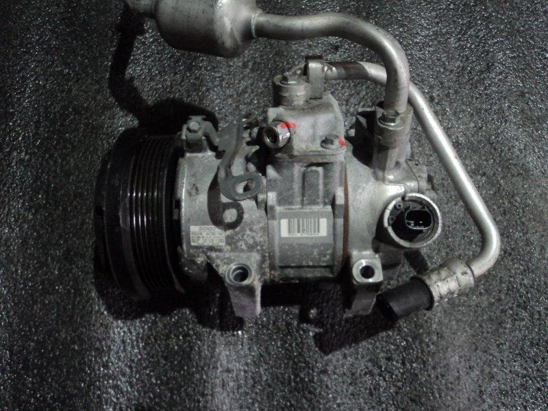 Компрессор кондиционера Toyota Isis ZGM10 2ZRFAE (б/у)