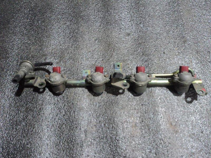 Форсунки с топливной рейкой Nissan Avenir PNW11 SR20DE (б/у)
