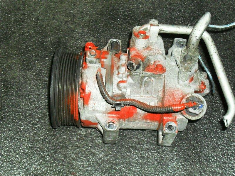 Компрессор кондиционера Toyota Avensis ZRE151 1ZRFAE (б/у)
