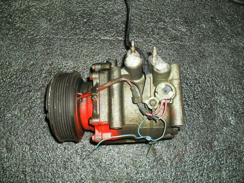 Компрессор кондиционера Honda Civic Ferio ES2 D17A (б/у)