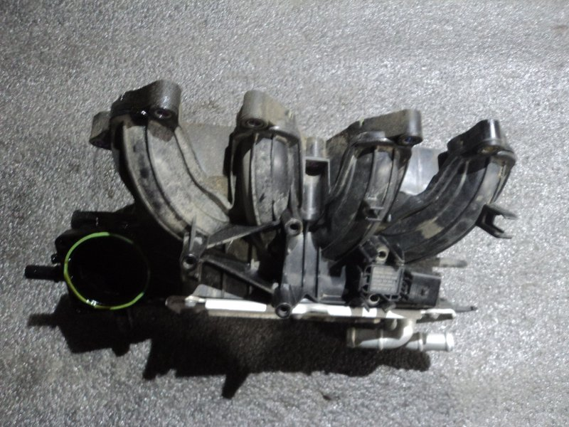 Коллектор впускной Audi CBZA (б/у)