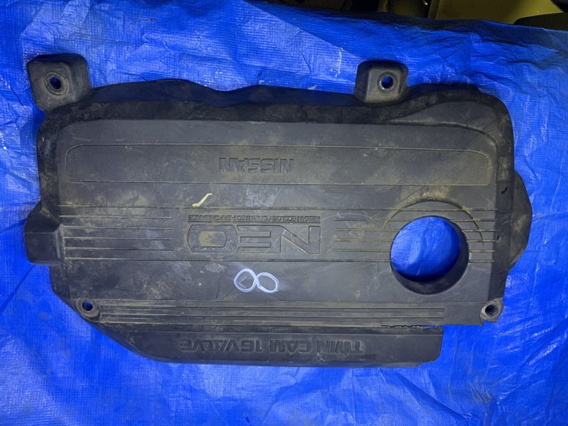 Декоративная крышка двс Nissan QG15 (б/у)