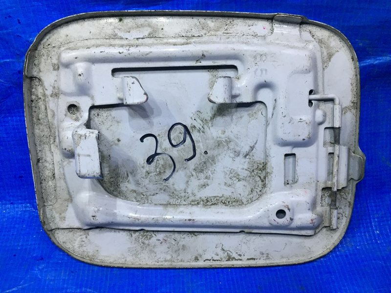 Лючок бензобака Toyota Funcargo NCP20 1NZ (б/у)