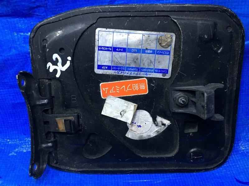 Лючок бензобака Toyota Corolla AE101 (б/у)