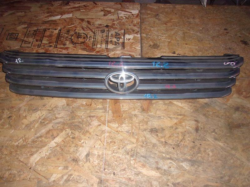 Решетка радиатора Toyota Regius LXH49 (б/у)