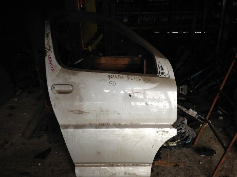 Дверь Toyota Granvia KCH16W передняя правая (б/у)