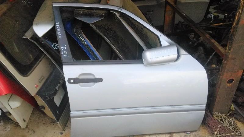 Дверь Mercedes W202 W202 передняя правая (б/у)