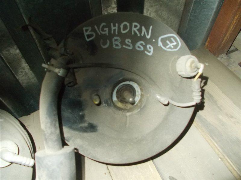 Вакуумник Isuzu Bighorn UBS69 (б/у)