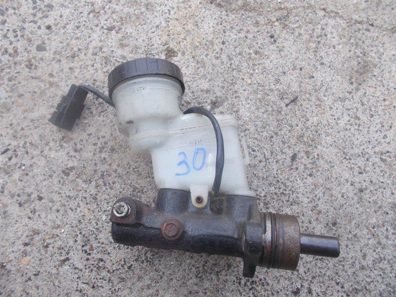 Главный тормозной цилиндр Toyota Cami J100G (б/у)