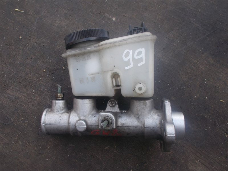 Главный тормозной цилиндр Mazda Capella GW8W (б/у)