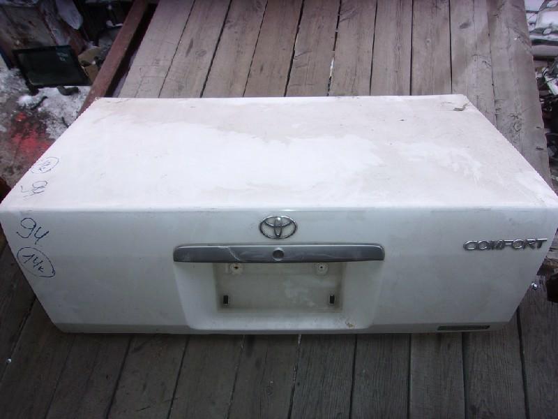Крышка багажника Toyota Crown Comfort YXS11 (б/у)