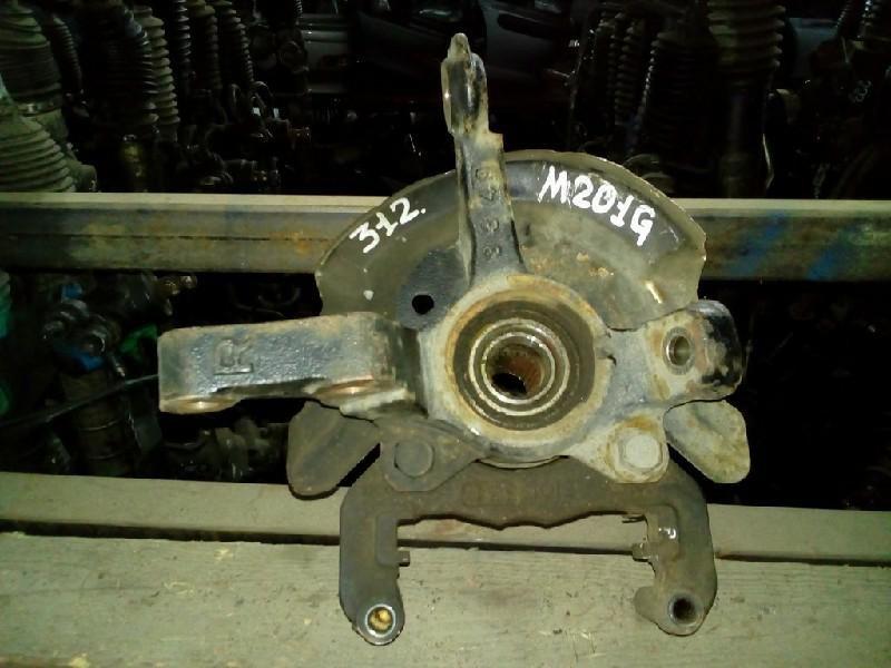Ступица Daihatsu Yrv M201G передняя правая (б/у)