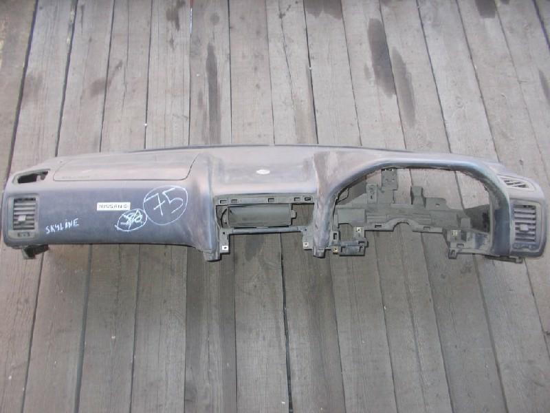 Торпедо Nissan Skyline ENR34 (б/у)